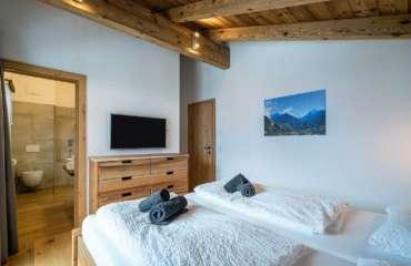 27-Bedroom-4